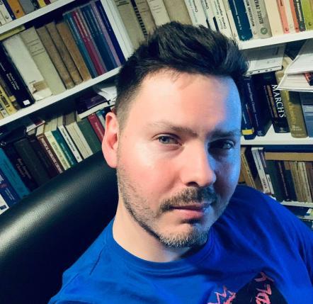 dr Dawid Frąckowiak